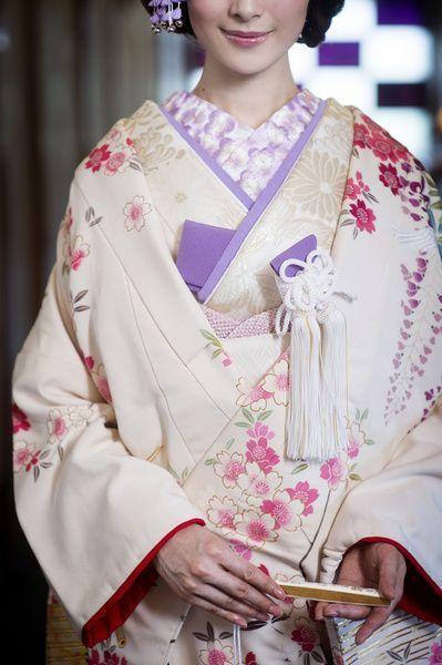 実は、ひとつひとつに想いが込められています♡和装小物が持つ【意味】を知って、才色兼備な花嫁になりたい*にて紹介している画像