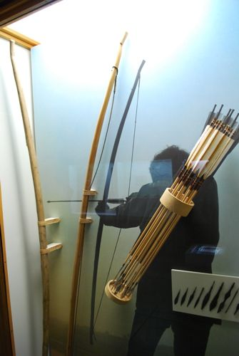 The Vikings of Bjornstad - Viking Museum Haithabu     A good indication of the lengths of Viking bows and arrows.