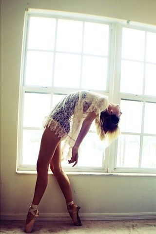 ballerinaPoint Shoes, Ballet Dancers, Lets Dance, Beautiful, Dance Photos, Inspiration Pictures, Photography, Lace Dresses, Mornings Lights