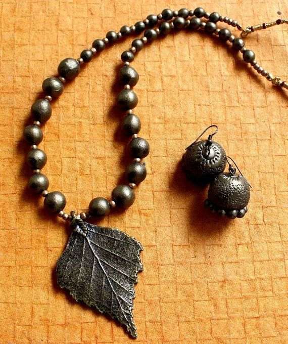 Terracotta necklace set by BeadsNdBeyond on Etsy