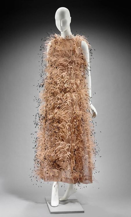 Evening Dress Cristobal Balenciaga, 1966 The Museum of Fine Arts Boston