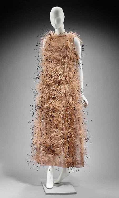 Evening Dress Cristobal Balenciaga, 1966 The Museum of Fine Arts Boston
