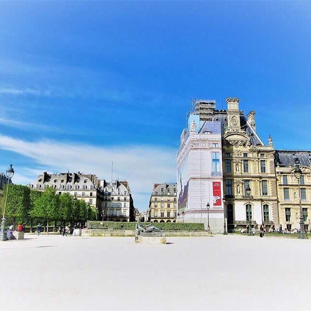 🇫🇷Jardin des Tuileries #paris #france #travel #explore #jardin #gardens #jardindestuileries #spring #april #lake #relax #momentsintime #melbournelifelovetravel #visitparis #visitfrance #beautiful #wideangle