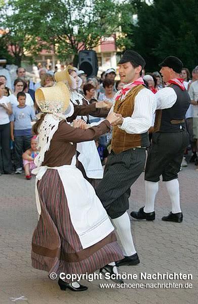 Фотография национальных костюмов бельгийцев