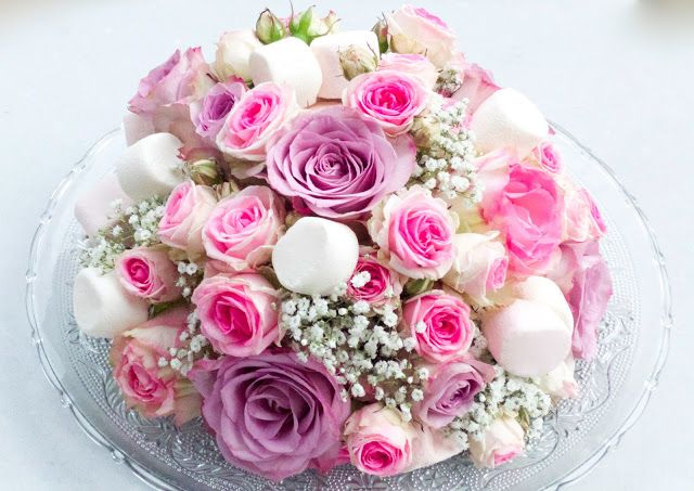 17 best images about mariage th me bonbon on pinterest - Bouquet centre de table ...