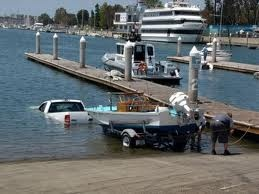 Red NeckTrucks, Epic Fail, Laugh, Funny Pictures, Boats, Funny Stuff, Wrong, Humor, Funnystuff