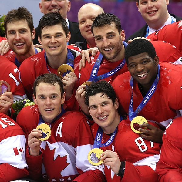 Crosby, Kunitz, Subban Canada Win Gold - 2014 Olympics. Liz and her hockey. Makes me smile.