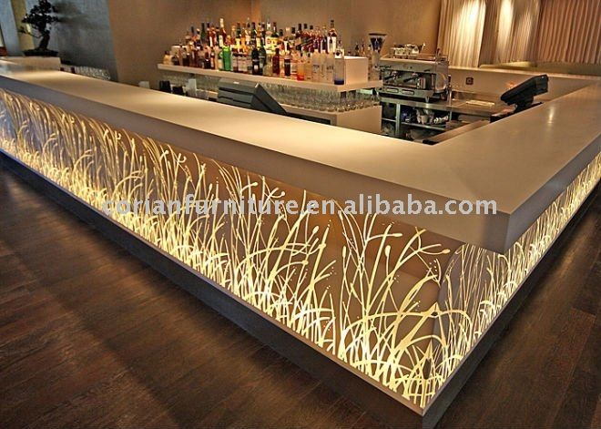 Comptoir de bar design éclairé en Corian  Les comptoirs & Banques d ...