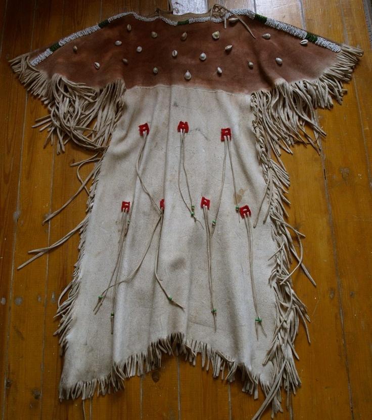 http://www.redstar-tradingpost.com/Cheyenne-Style-Kinderkleid