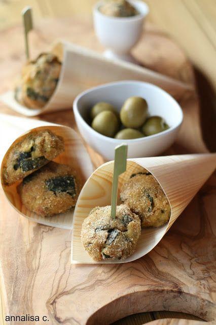 Lemon Blu: Polpette di zucchine, olive e menta