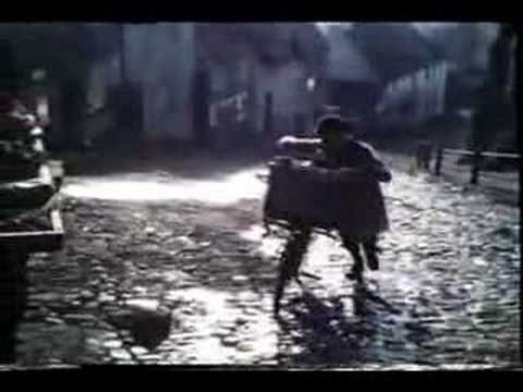 Hovis 'Bike' advert 1973 (Britain's favourite TV ad) - Is this Howarth?