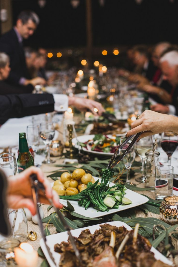 Family dinner table with food - Best 25 Family Style Weddings Ideas Only On Pinterest Intimate Wedding Reception Wedding Table Setup And Dinner Table Decorations