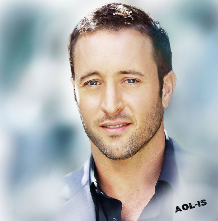 alex olaughlin dating Alex o'loughlin / oʊ ˈ l ɒ k l ɪ n / (born 24 august 1976) is an australian actor, writer and director, who plays lieutenant commander steve mcgarrett on cbs' remake of the tv series hawaii five-0.
