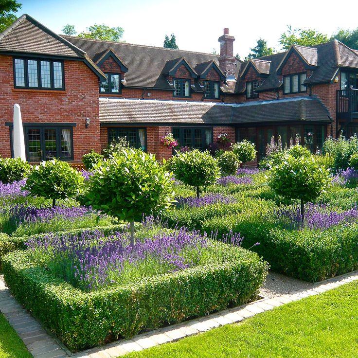 Formal-country-garden-3-www.joannealderson.com_