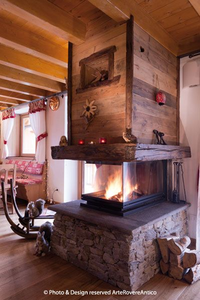 Arte Rovere Antico - Photo by Duilio Beltramone for Sgsm.it - Casa Vetro La Thuile - Courmayeur Italy - Wood Interior Design - Fireplace - Livingroom - Mountain design