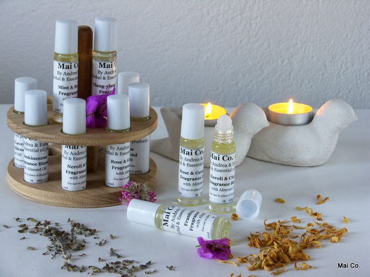 Mai Co.'s Fragrance Roll-on's in a range of scents (Frankincense, Rose & Geranium, Neroli & Citrus, Ylang-ylang & Lavender) makes a wonderful gift for someone special or as a hostess gift. Small to pack and easy to use.