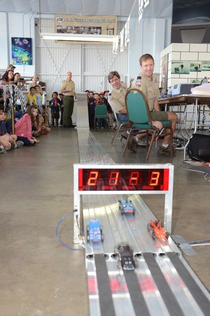 Cool Pinewood Derby track