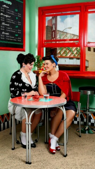 50s diner porn - reminds me of Grease
