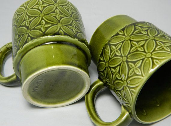 Retro Green Coffee Mugs Set of 2 JAPAN by OrWaDesigns on Etsy, $8.00
