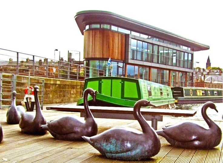 Entire home/flat in Edinburgh, GB. A first for Scotland, The Four Sisters Boatel is a luxury, four star, self catering, canal barge, accommodation located in the very heart of Edinburgh city centre and has been awarded 4 stars by the Scottish Tourist Board.