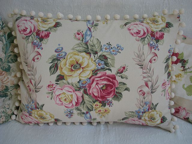 Barkcloth pillow by Maison Douce on Flickr.
