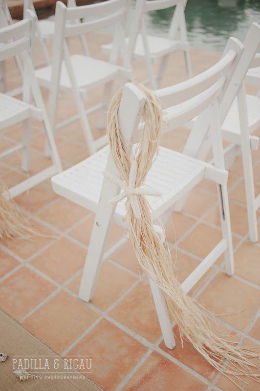 decoracin de sillas con rafia y estrella de mar la boda de carla pedro