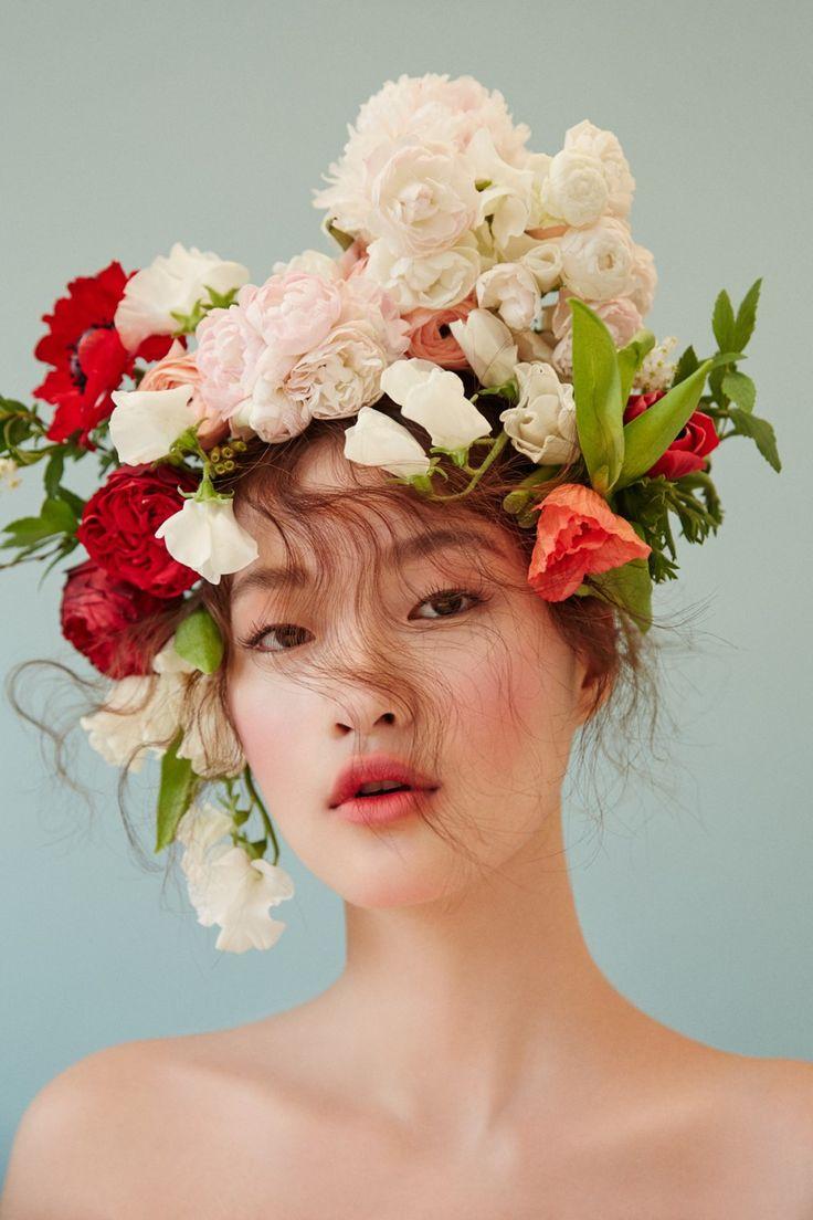 Cô nàng 17 tuổi với khuôn mặt 'lệch chuẩn V-line' này là mẫu Hàn duy nhất được Vogue Mỹ chú ý tại Seoul Fashion Week vừa qua