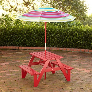 Best 25 pallet picnic tables ideas on pinterest picnic - Children s picnic table with umbrella ...
