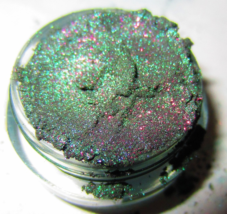 20% OFF SALE Dragon Scale Emerald Green Purple Glitter Natural Mineral Eyeshadow Mica Pigment 5 Grams Lumikki Cosmetics. $4.76, via Etsy.