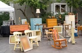 Interior Decorating with Thrift Store Finds: fun shopping furniture at yard sales Credit:  southernsavers.com. Carol Ruth Weber