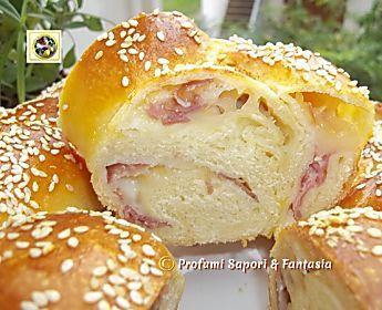 Treccia di pan brioche salata ripiena ricetta facile e appetitosa