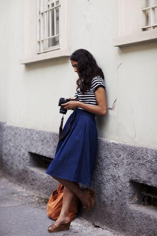 Casual chic. | Dress in 2019 | Skirts, Fashion and Midi Skirts