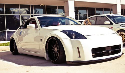 white 350z on black wheels dream car pinterest. Black Bedroom Furniture Sets. Home Design Ideas