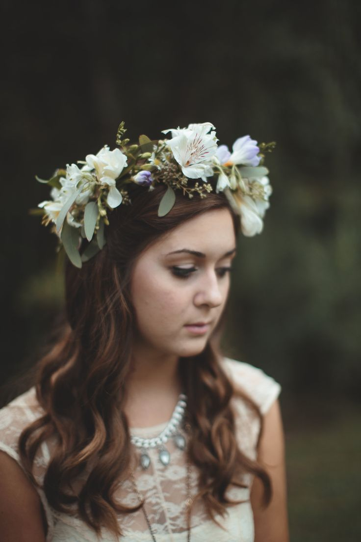 another great shot from Ashleigh  Hobbson. This crown is made of Freesia, Alstromeria, Monte Casino (the tiny daisies), and of course Seeded Eucalyptus.