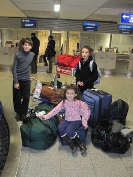 A super comprehensive guide to flying with kids written by a flight attendant!