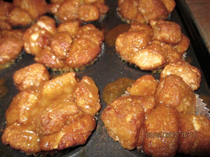 Easy Monkey Bread Muffins Recipe! #monkeybread #recipes