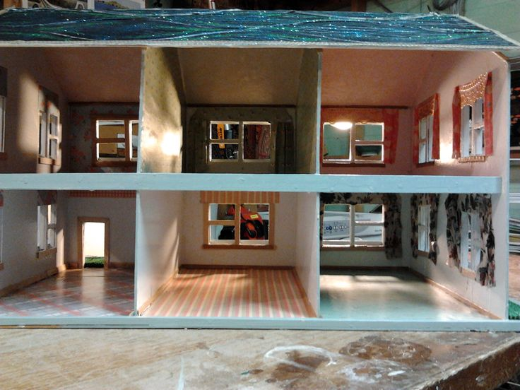 Inside Sahria's dollshouse