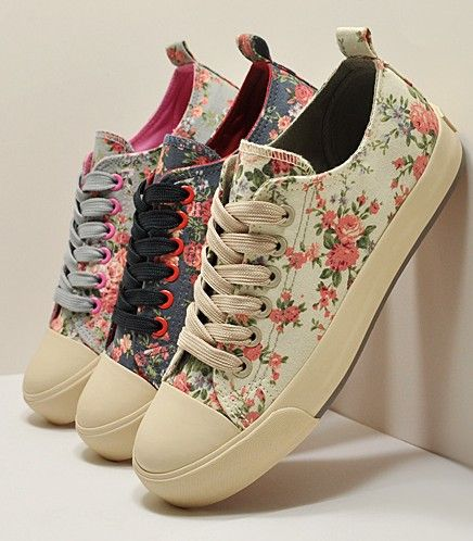 Lace flower canvas shoes Korean platform women's shallow mouth shoes Woman printing Flat floral casual sneakers Vintage shoe     $38.25