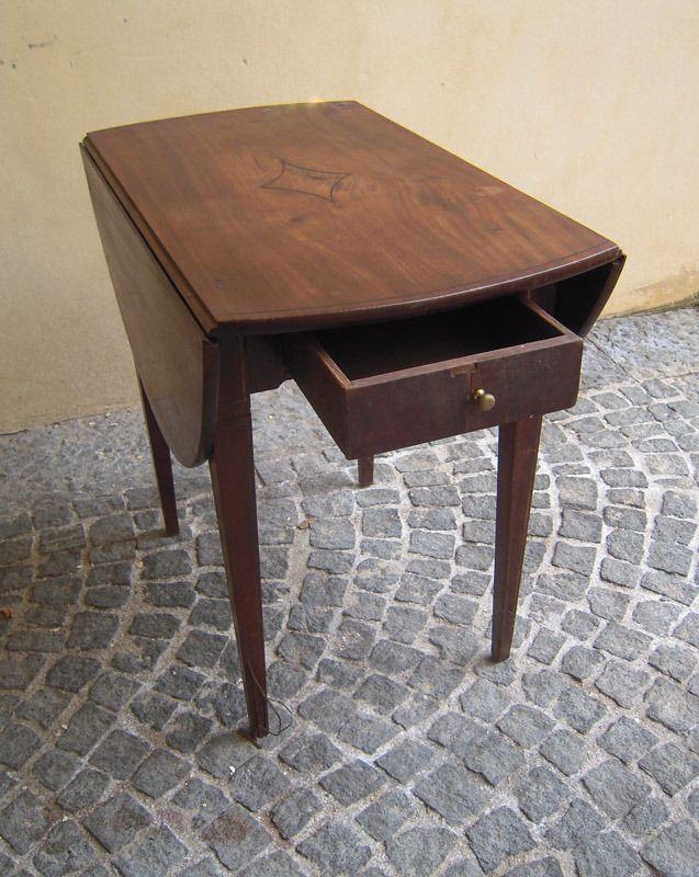 #tavolini  #antichi #ottocento #palazzotorlo
