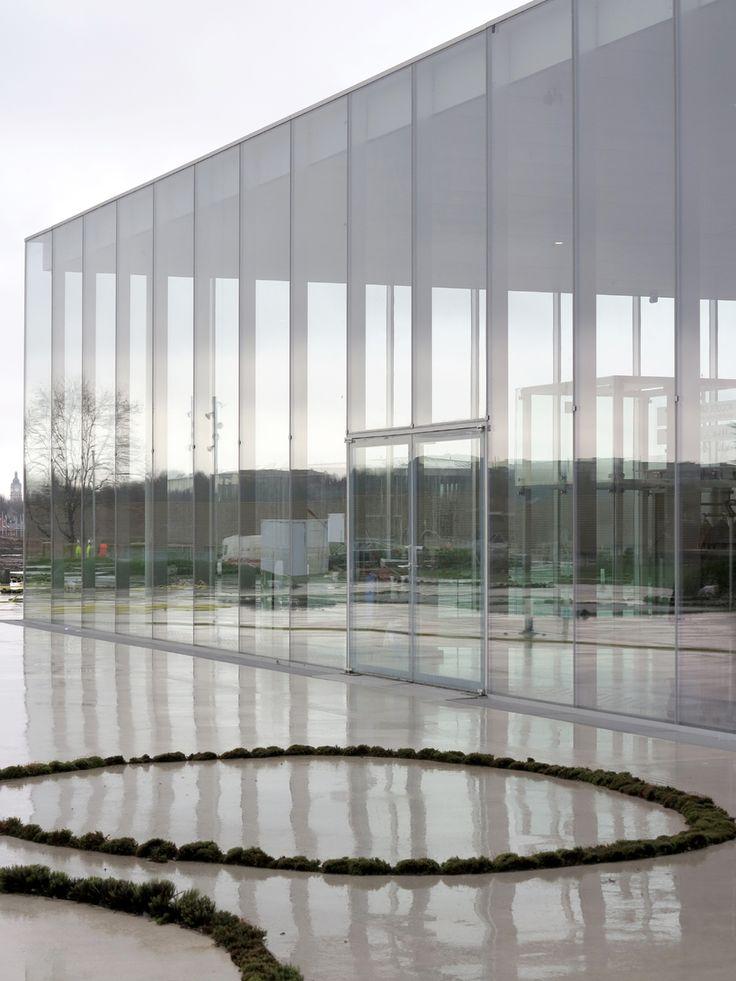 Louvre Lens SANAA - by SANAA Kazuyo Sejima & Ryue Nishizawa. Photo: Christian Schittich.