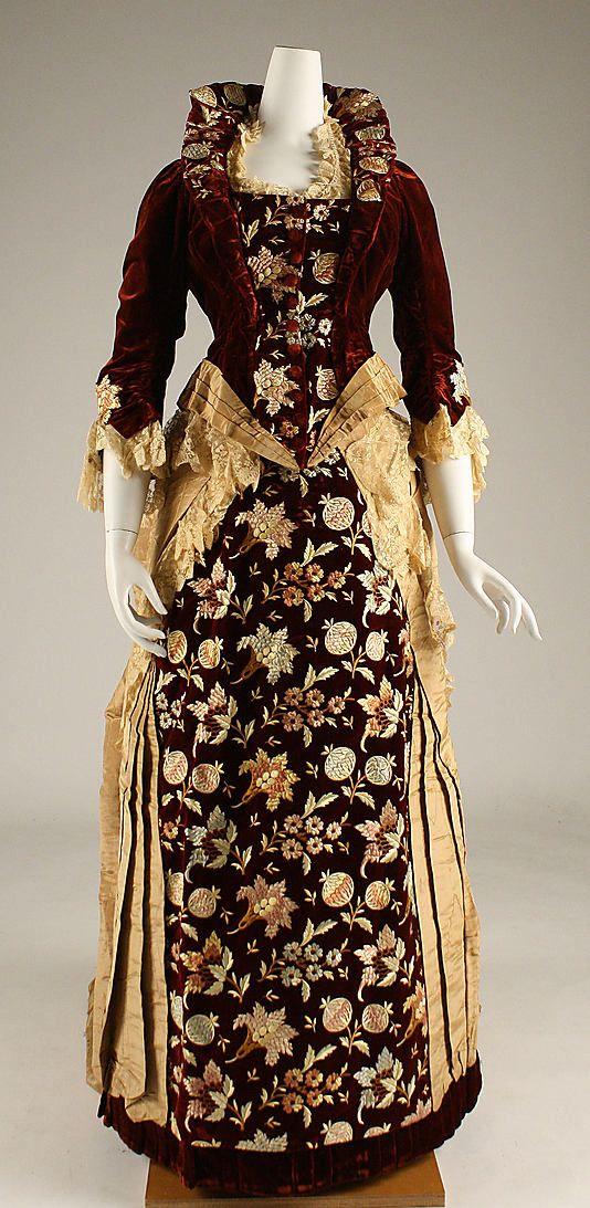Dress 1878, American, Made of silk