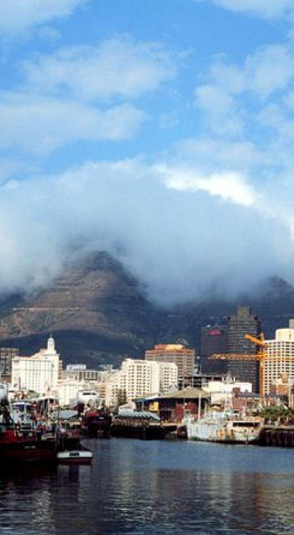 Table Mountain- Citta del Capo, South Africa uploaded by  Carolina de Heine