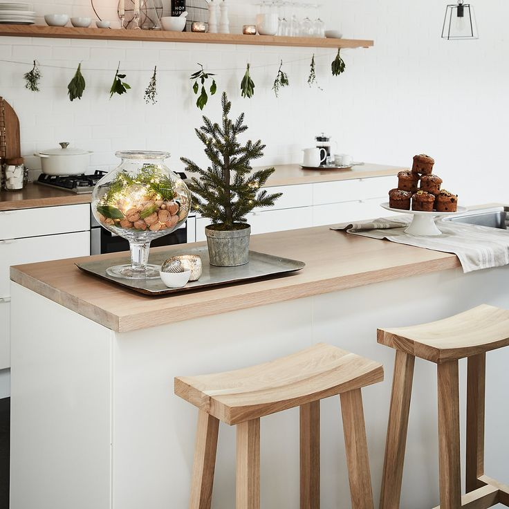 Oak Bar Stool | Chairs, Benches & Stools | The White Company UK