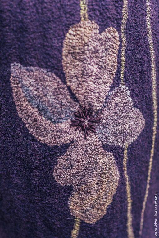 Верхняя одежда ручной работы. Валяное пальто-кокон с шелковыми цветами. Катерина Коршун. Ярмарка Мастеров. Осеннее, шёлковая ткань
