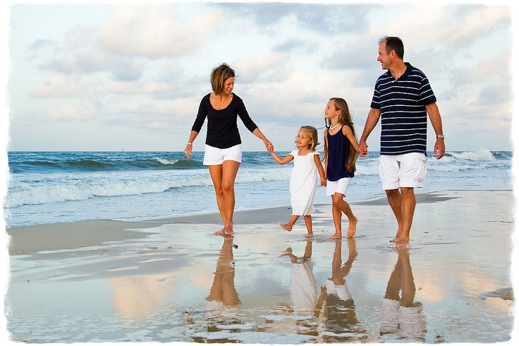 Beach family pose - love the navy and white