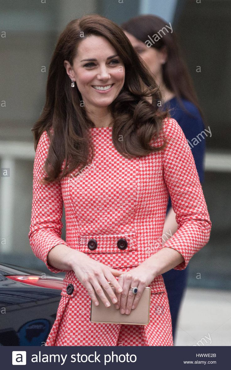 3698 best Duk and Duchess of Cambridge images on Pinterest | Duchess ...