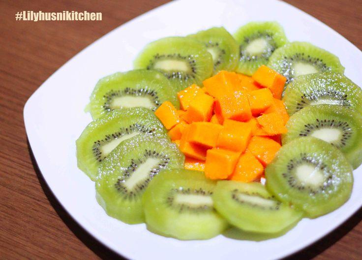 mango and kiwi for dessert
