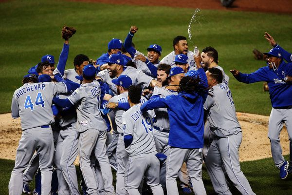 Royals Rally Past Mets for First World Series Title Since 1985 - NYTimes.com