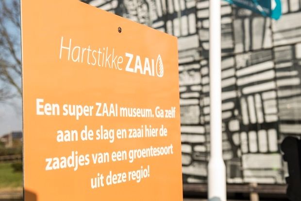 Leer alles over de #tuinderscultuur en kom zelf zaaien bij Museum #BroekerVeiling! Onze tuinders zijn aanwezig om je te helpen. Combineer het zaaien met de expositie en audiotour. Een leuk uitje voor de #voorjaarsvakantie!