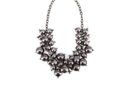 Tmavě stříbrný náhrdelník OJJU Grappolo